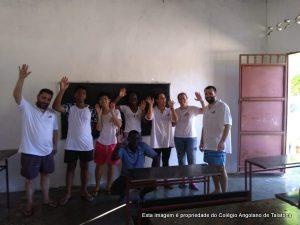 Alunos do CAT recuperam escola no Mussulo